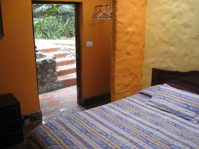 Economy room 17 - Vilcabamba - Bed & Breakfast