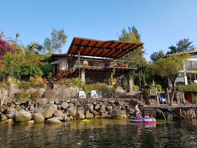 Casa Vista al lago ATITLÁN