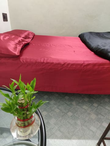 Vintage Private room in Malleshwaram. Bangalore