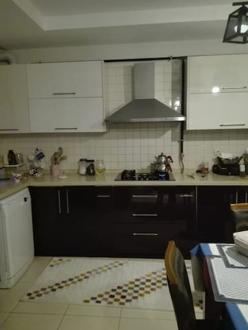 CLEAN AND FAMİLY HOUSE