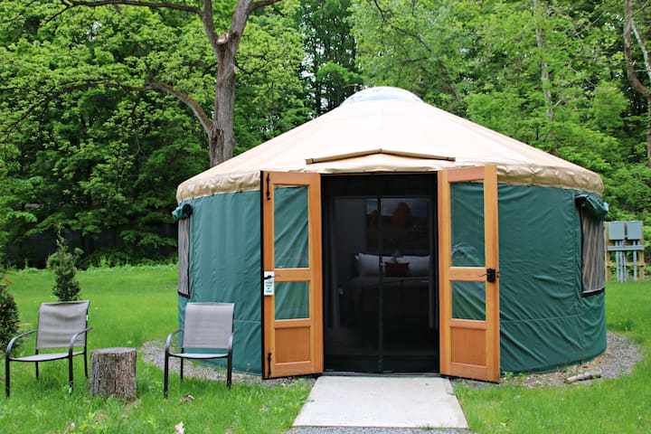 Plum Point Lodge- Glamping Yurt 3