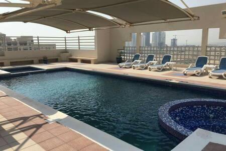 Bedroom + private bathroom - Manama / Al fateh