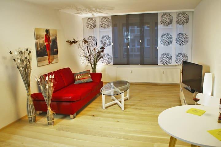 Neu & Modern Wohnung, Lange Strasse