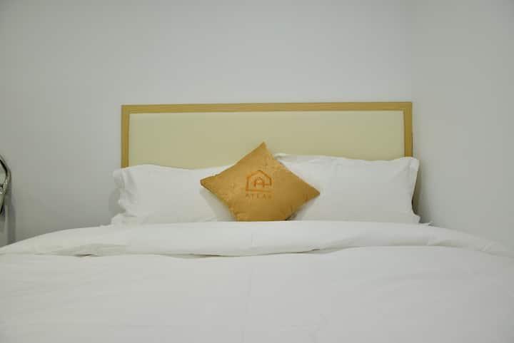 Private room w/ Bath, City Centre TST, 1分鐘到尖沙咀地鐵站
