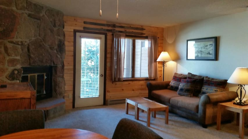 Cozy Granby Ranch Studio near Winter Park and RMNP - Granby - Condominium
