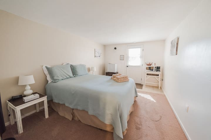 Paicines Ranch, Terrace Room 1 (Grogan House)