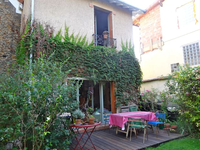 Chambre  dans maison près Paris