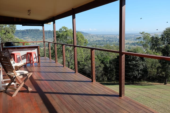 Peaceful, Quiet Huge Home just 1 hr from Brisbane - Summerholm