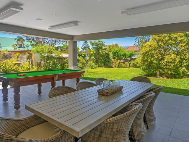 BREGO'S BEACH HOUSE - Property One Realty