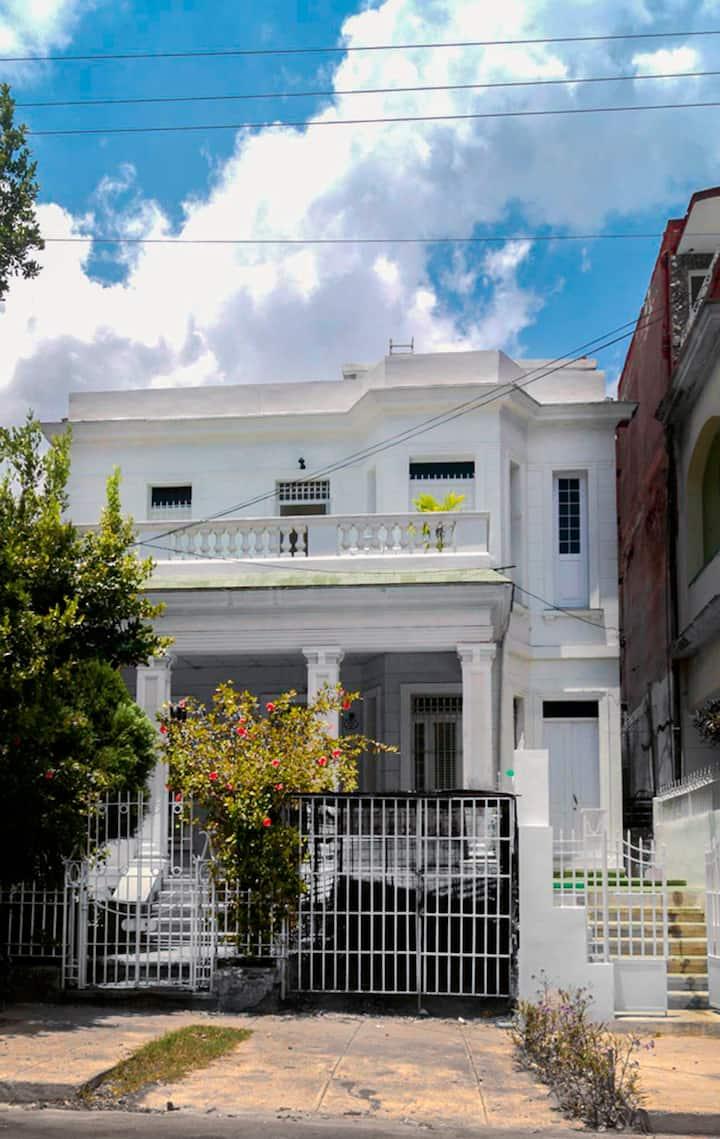 Colonial House 1920 (habitación #2)