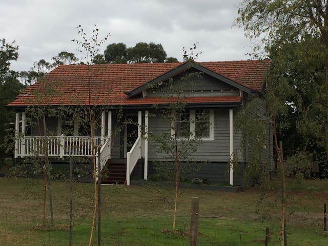 Charming Californian Bungalow - Birregurra - Huis