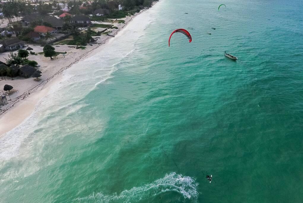 World class kite surfing on site
