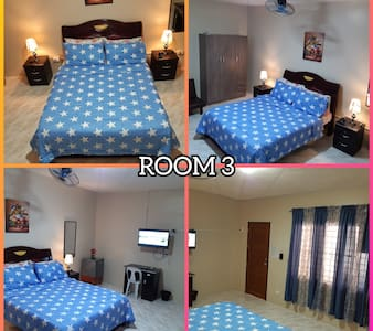 J&J Staycation Lucena Private Room 3/3
