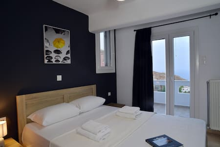 Aurora - modern house with sea view - Syros