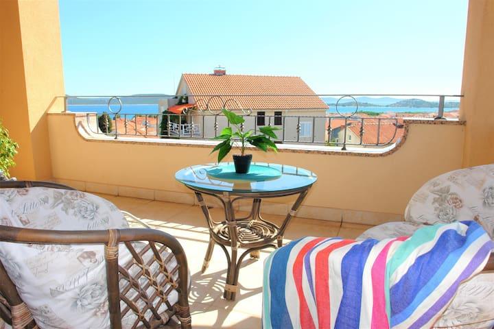 Luxury apartments Iva B4