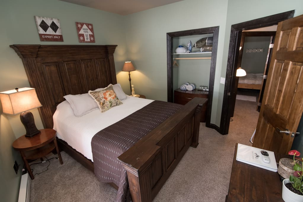 Spruce Room - Queen size bed, satellite TV with premium movie channels, free Wi-Fi, and his and hers luxury bath amenities.