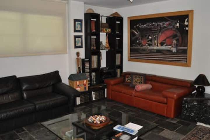 Spacious apartment in Panorama