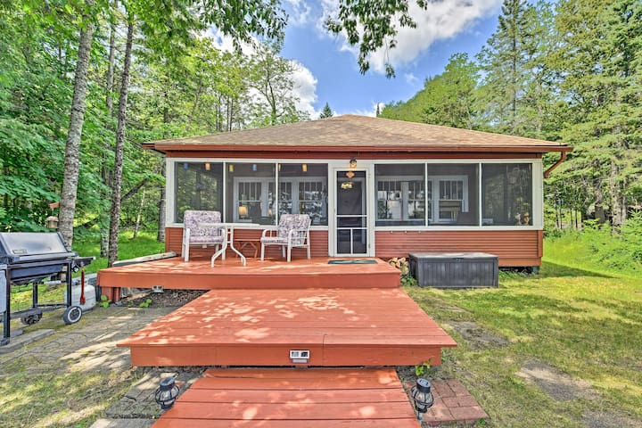 Lakefront Cabin w/ 32' Dock + Row & Paddle Boats!