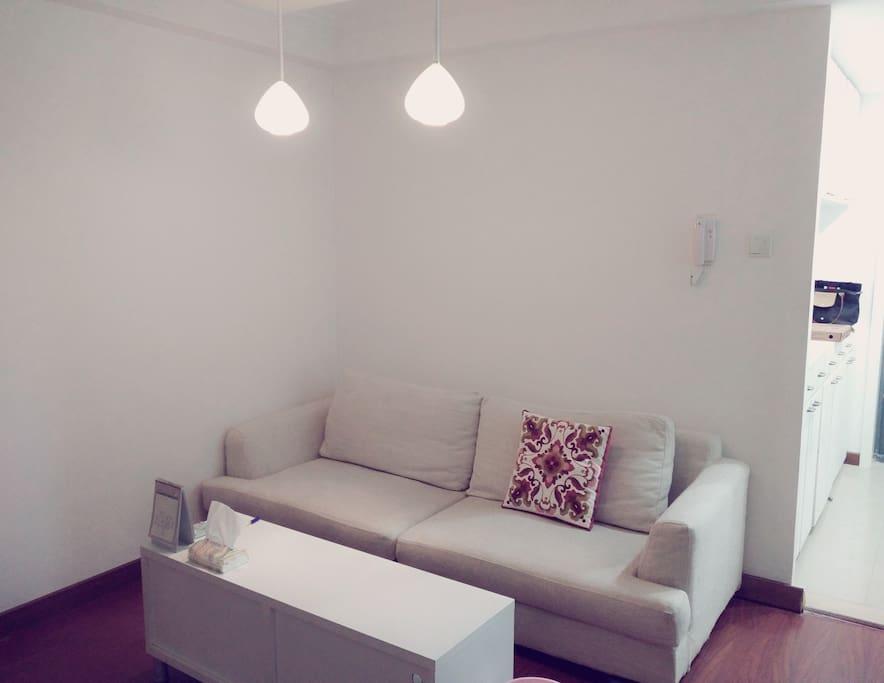 温馨沙发 Cozy Sofa