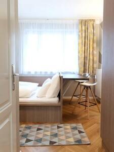 8 flats Pension Rose Zieglergasse Apartment 4