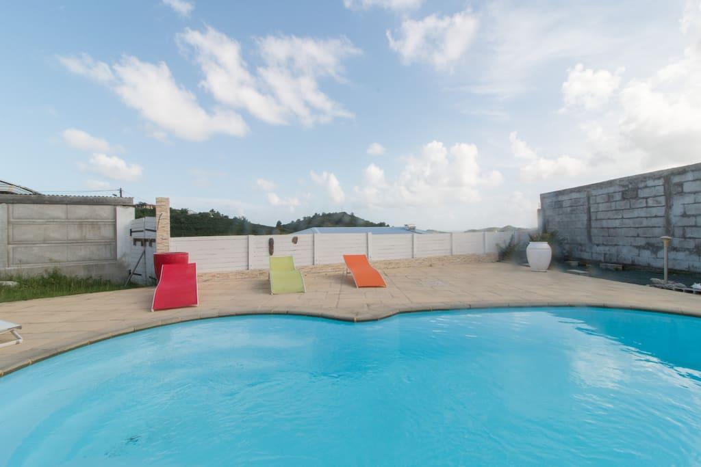 Villa neuve avec piscine privative villas for rent in for Villa piscine martinique