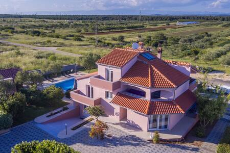 VILLA ANA - Holiday home with Pool