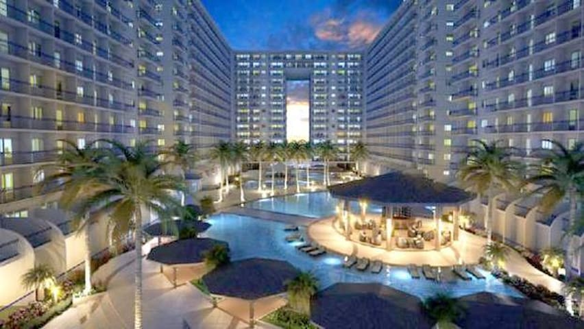 1 BR Fully Furnished Condo @Shell across MOA- 1131