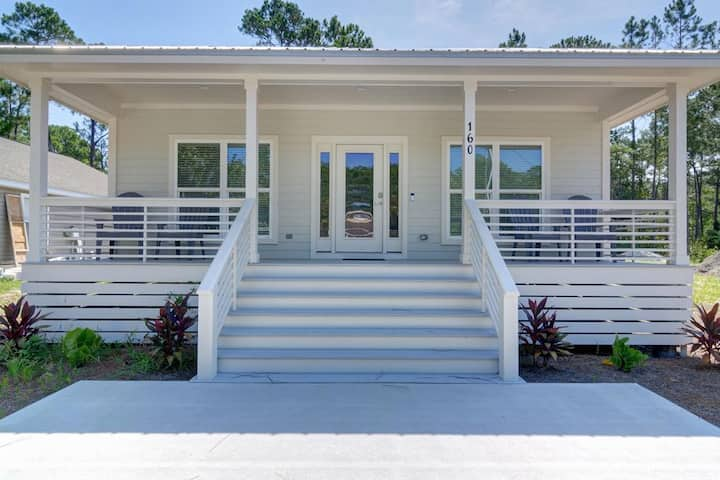 Single family home located in Santa Rosa Beach