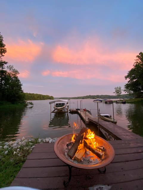 The Ellipse on Lake Lemon - Bloomington Nashville