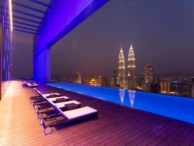 The Best Swimming Pool View in KL City - Kuala Lumpur - Huoneisto