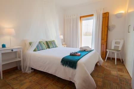 Quarto Mar - A Casa Do Sol - Guest House - Vila Nova de Milfontes