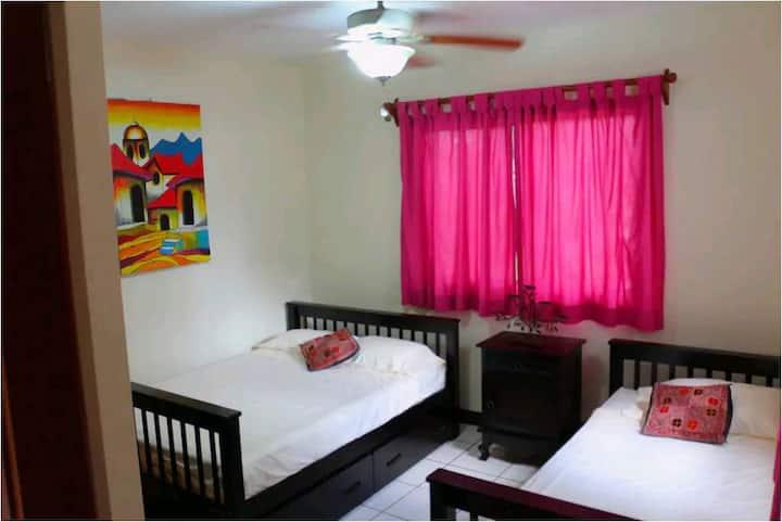 Habitación confortable! Buenos Días B&B