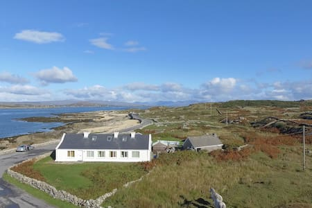 South Connemara by the sea. - House
