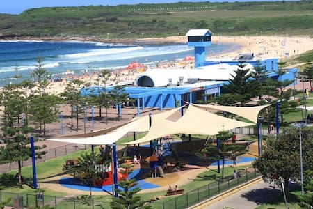 2 bedroom sun filled apartment on Maroubra Beach - Maroubra - Lägenhet