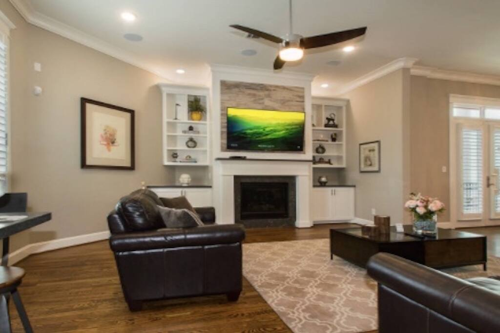 Comfortable Living with Fireplace