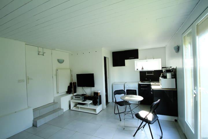 Studio de 25m² avec jardin