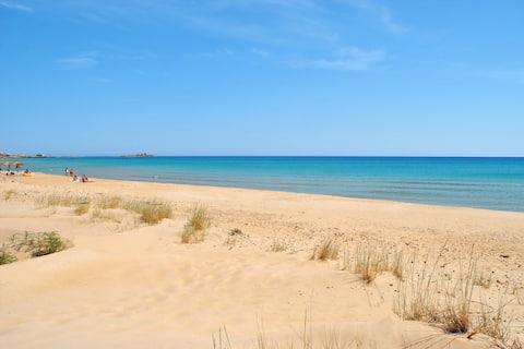 Casa sulla spiaggia di Carratois a 30 mt dal mare