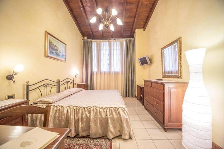 Agriturismo Montetondo - Double Room