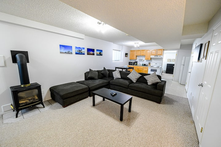Cozy, comfy, clean and tidy 2 BR private suite.