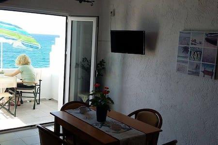 White Wave - Koutsouras - Apartment