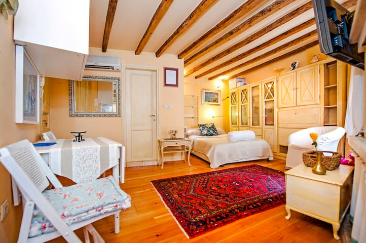 Cozy studio Del Monte - Rovinj - Apartment