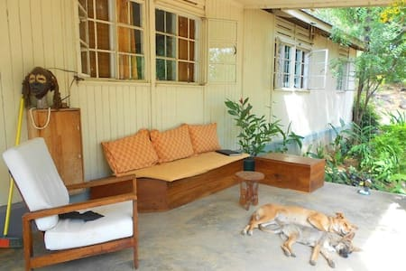 White room in house with verandah - Mwanza