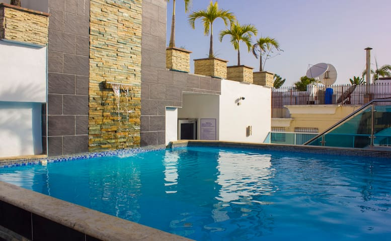 1 Bedroom, pool, rooftop terrace and gym