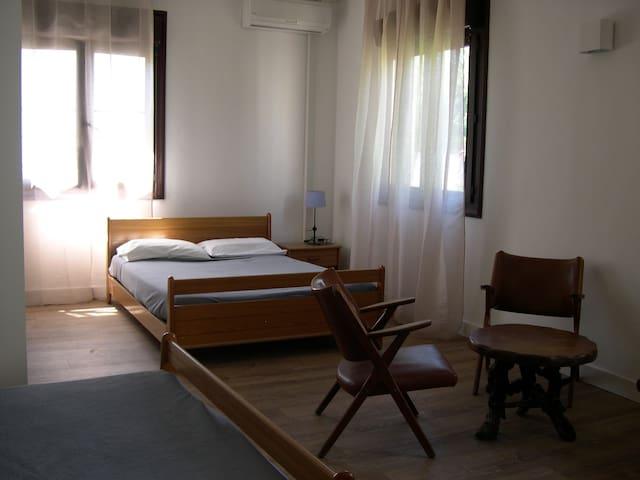 Chambre quadruple / 2 lits doubles - San-Nicolao - Lägenhet