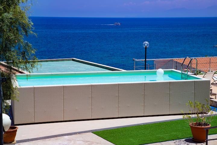 Luxury beachfront house by Lisca Bianca Rental