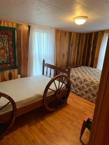 Bedroom #3- 1 twin, 1 full