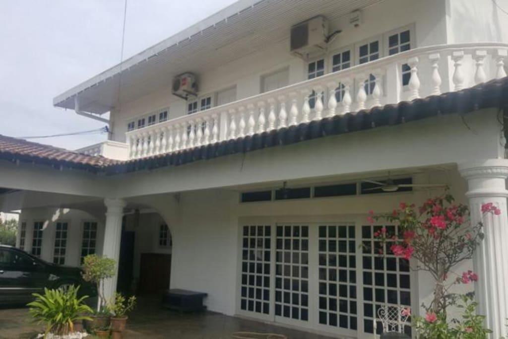 Casa Impian front
