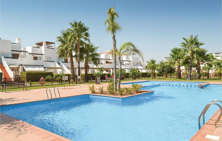 Stunning home in Alhama de Murcia with WiFi and 2 Bedrooms