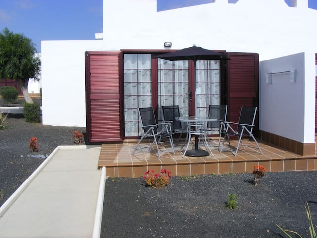 Casa Junio, Sun Beach Bungalows