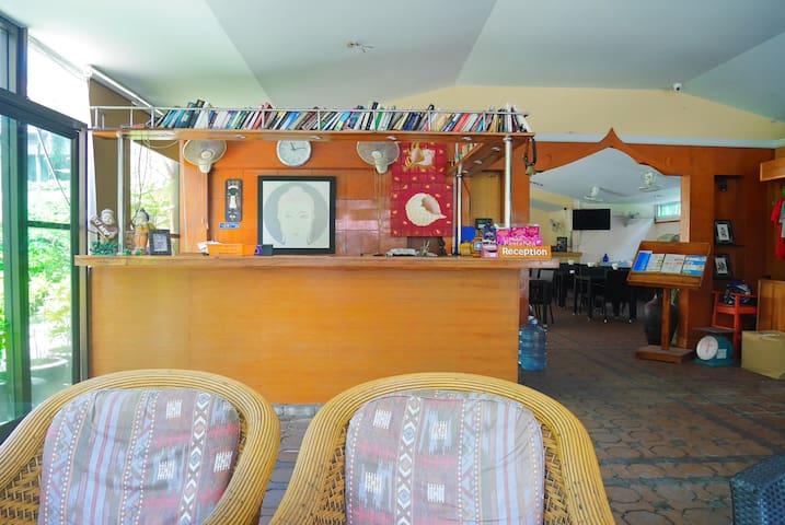 Reception desk